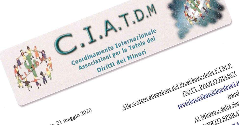 CIATDM-Pressemitteilung, um die positive Meinung von Kinderärzten zu Masken in der Schule zu bestreiten